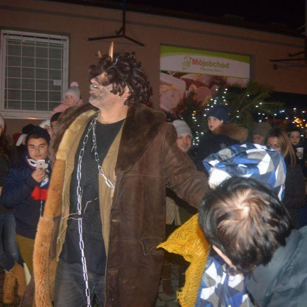 Návšteva Mikuláša v našej obci 6.12.2018