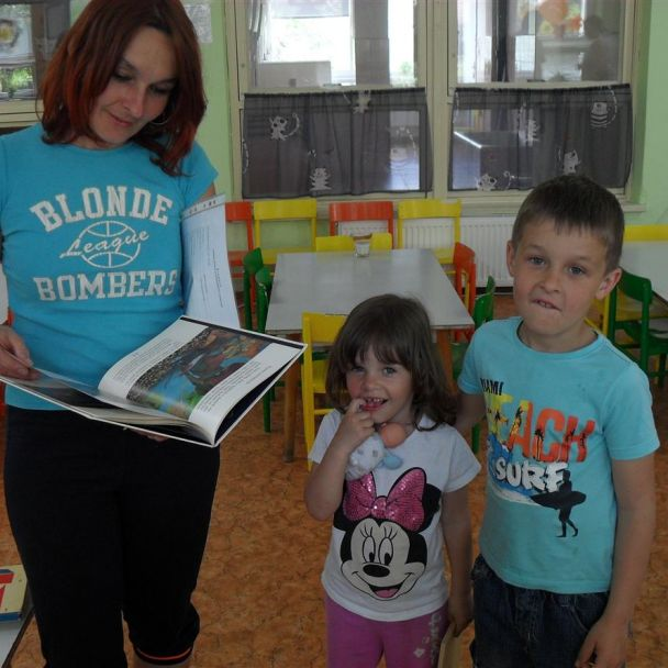 Burza kníh a zdobenie medovníkov r. 2013