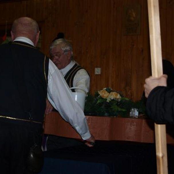 Pochovávanie basy 2012