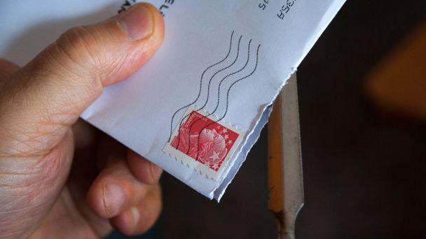 Oznámenie o uložení poštovej zásielky Dominková Soňa
