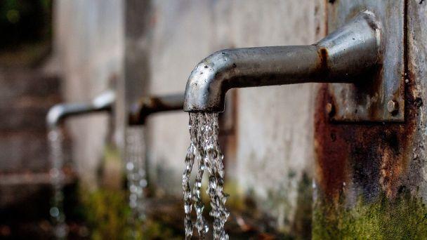 Napúšťanie bazénov v obci -mimoriadny odber vody